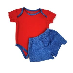 Two Piece Shorts and T-Shirt Set 3-6m